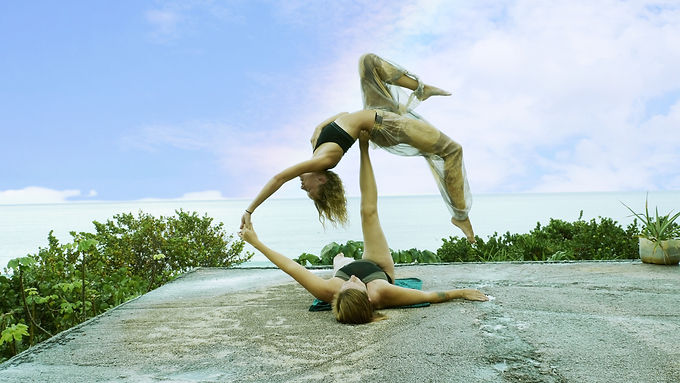 Acroyoga All Levels with Jo Bot and Ilona