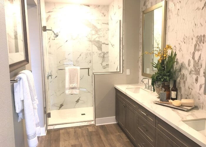 Master Bath - single level new homes in Carlsbad Carlyle