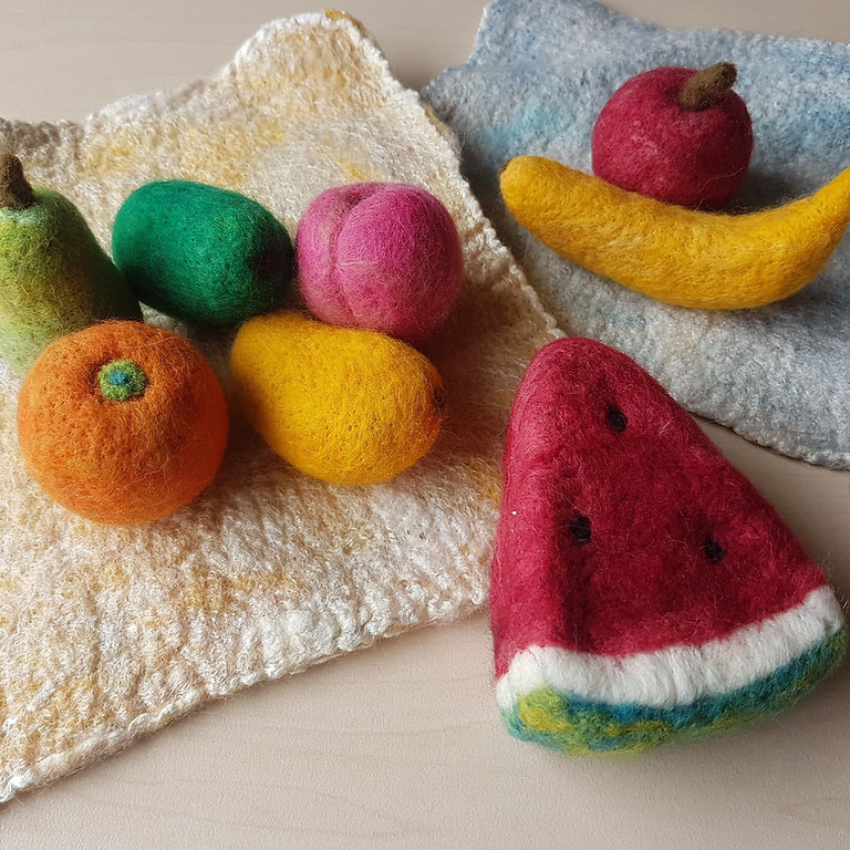 Yummy Felted Fruits with Lab KAJO