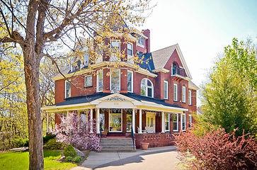 634 Woodbury St - Smitten Real Estate Group | Bill Smitten
