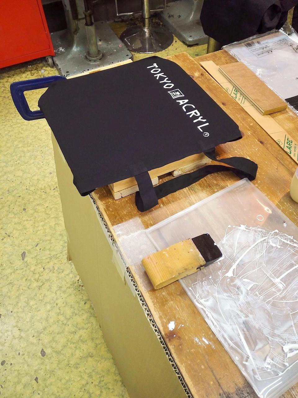 バック用の印刷台/ Tokyo Acryl