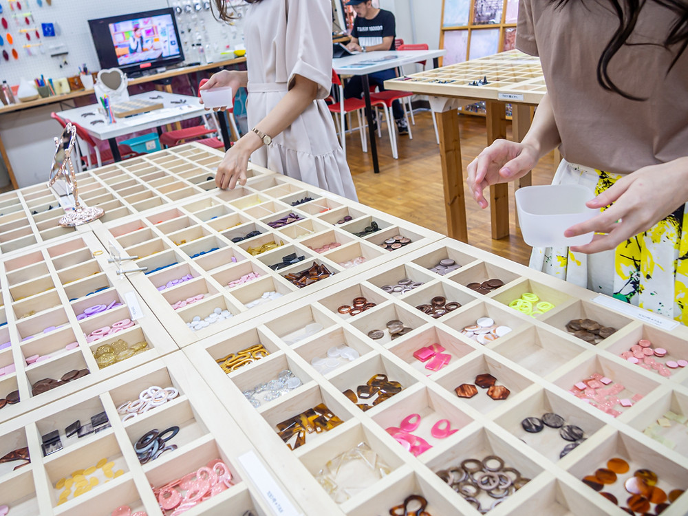 Tokyo acryl workshop/アクリルピアス・イヤリング製作