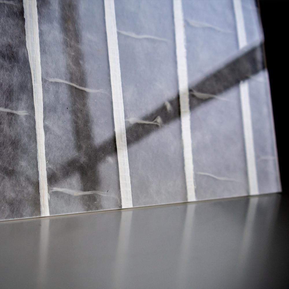 艶と和紙独特の透け感を両立 / Tokyo Acryl
