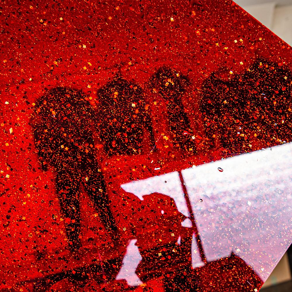 金の紙吹雪をイメージ/ Tokyo Acryl