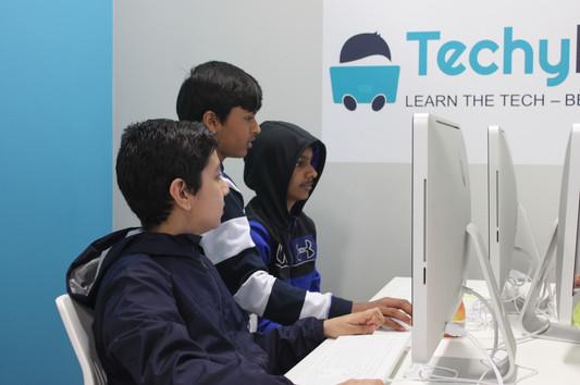TechyKids Brampton Students Working Together