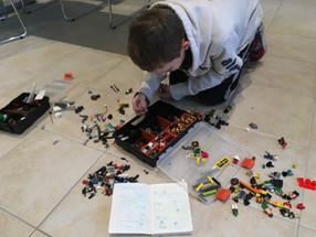 Junior Designer class in action at TechyKids Newmarket