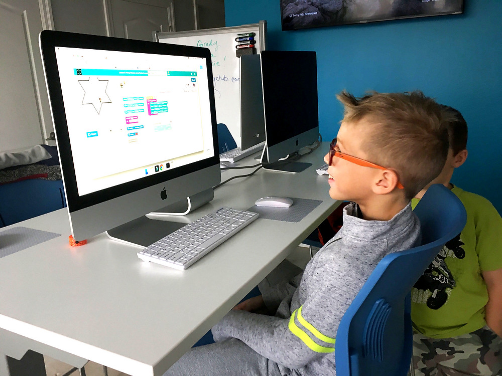Python is an emerging programming language that has marked its importance in various STEM fields. But not many understand the value of kids learning Python. That is why in this article, we have shared few reasons why should kids learn Python. Read More!