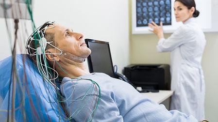 Elektroencefalografia-czyli-EEG.-Na-czym
