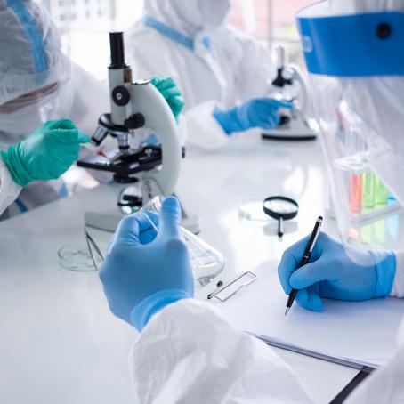 Vacinas Coronavac e de Oxford aguardam o fim da fase 3 para o pedido de Registro Final à Anvisa