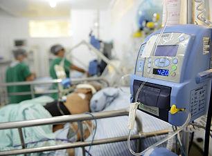 paciente-internado-uti.jpg