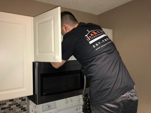 Microwave installation