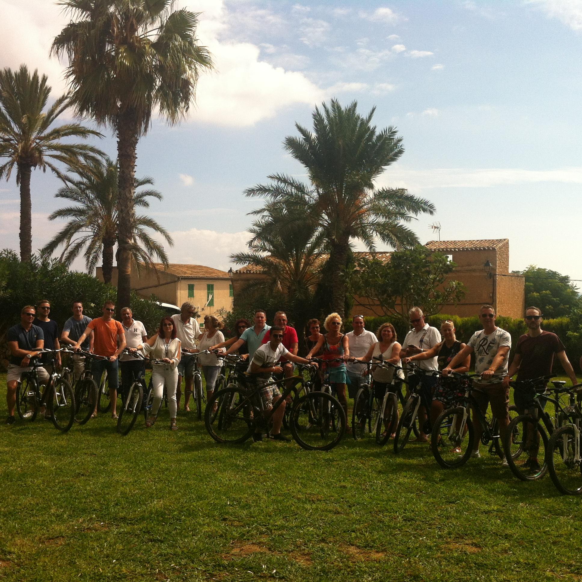 Grupo Ciclistas en Cas Senyor