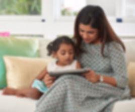 Tamil-mum-reading-to-kid
