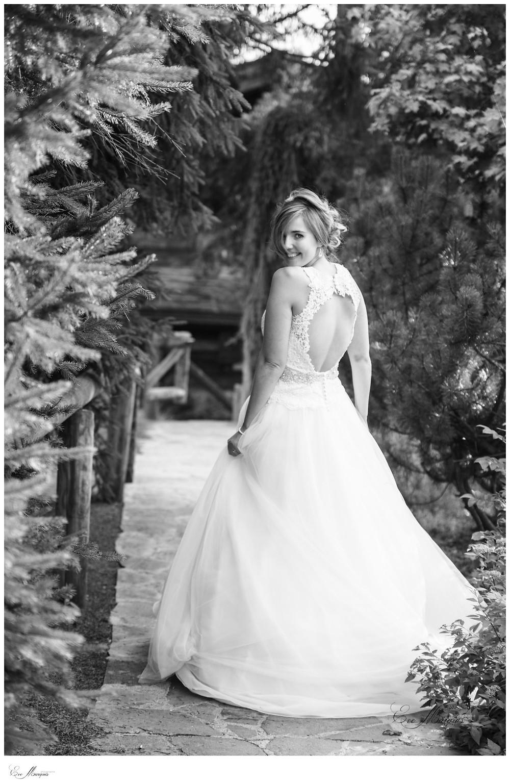 Sublime mariée dos nu