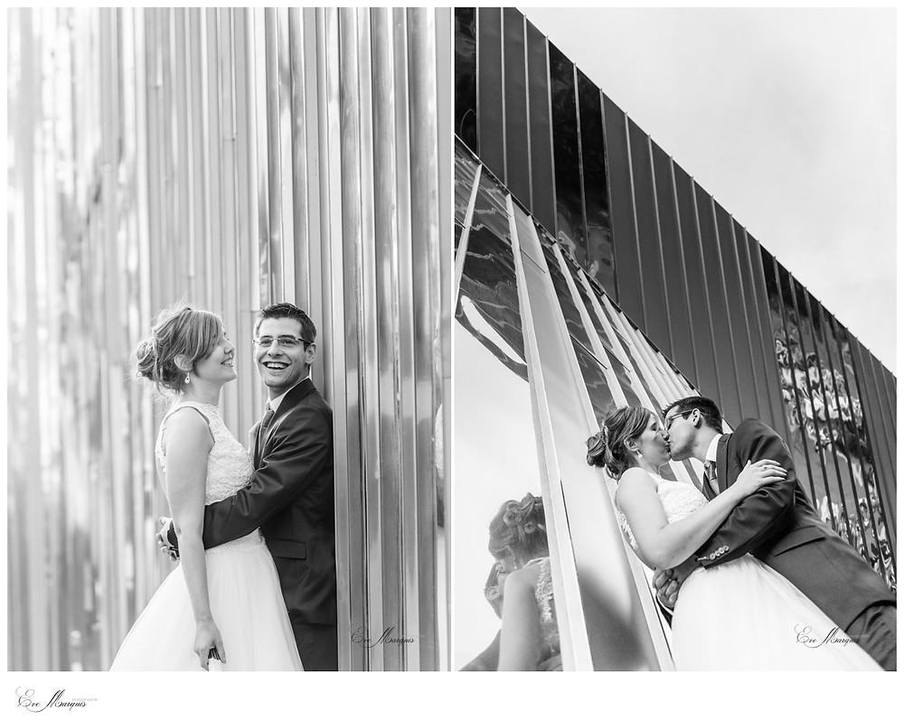 Photos de couple devant salle St-Marc