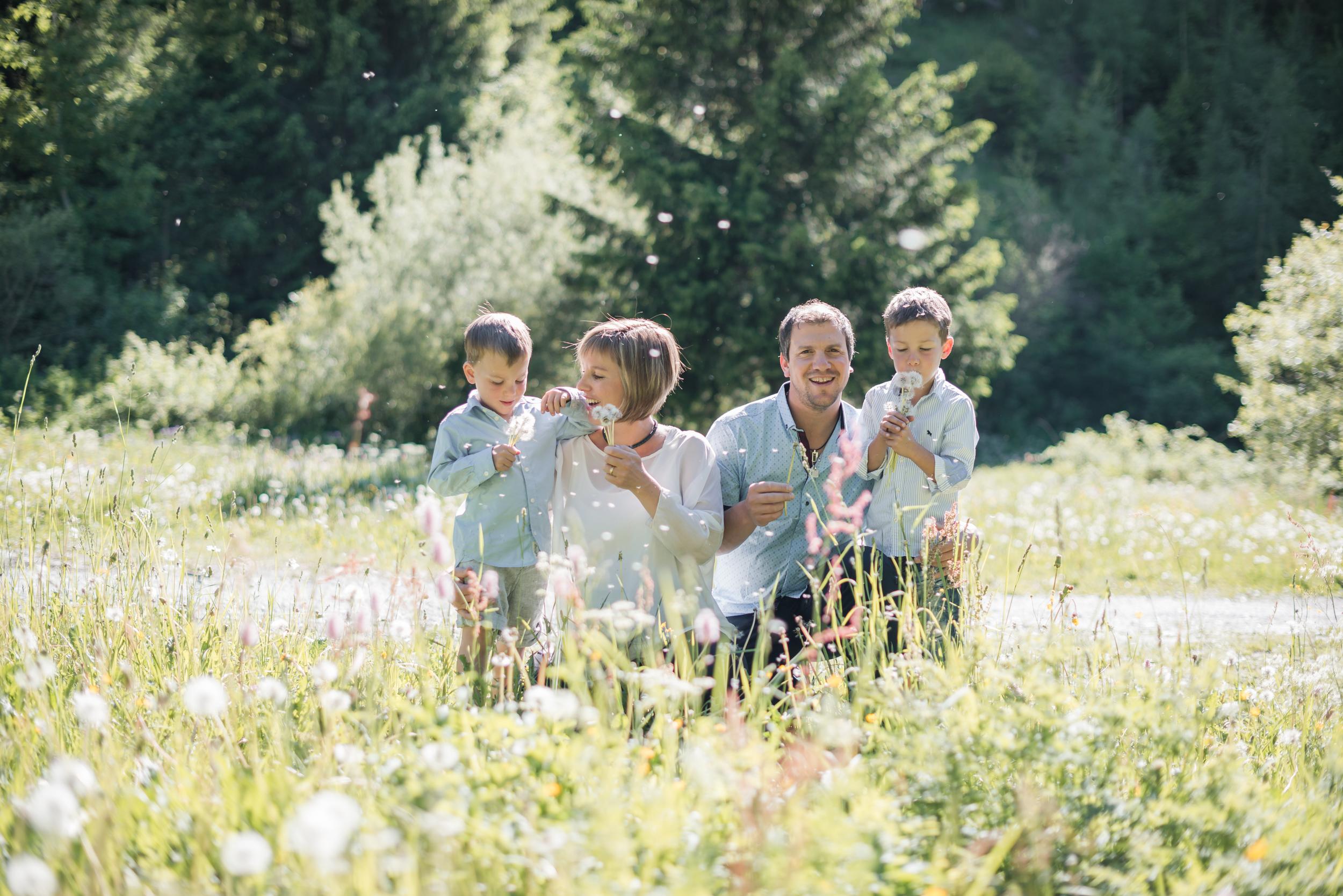 Famille nature Liddes
