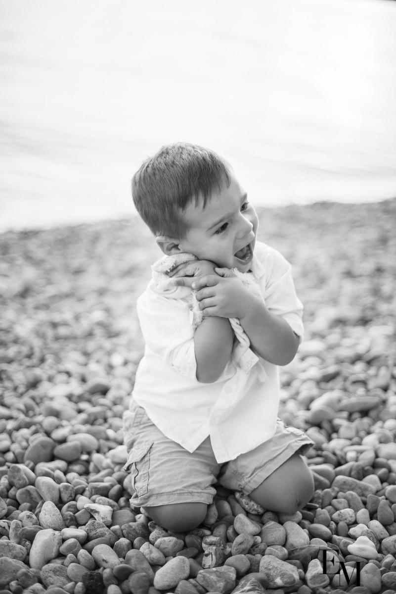Photo bébé avec doudou trop chou