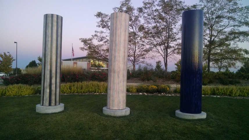 Kaneko Columns