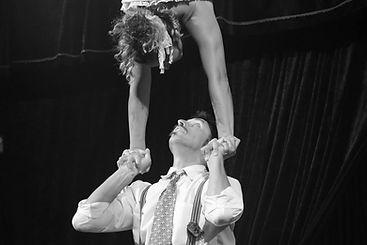 """spettacolo """"Cabaret le plume"""" della compagnia Circo Patuf"""