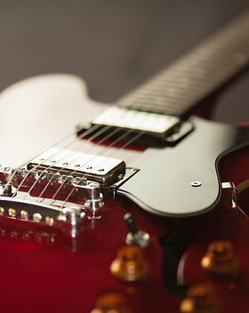 red-electric-guitar-165971.jpg