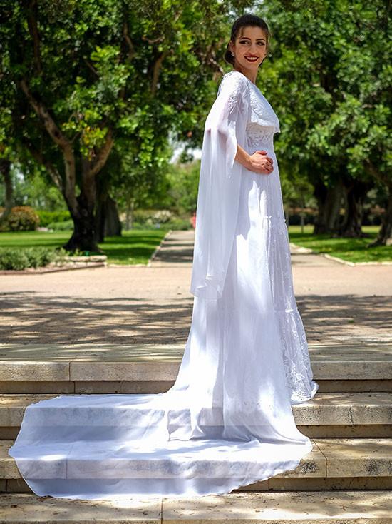 גלימה נסיכותית לשמלת כלה עם שובל ארוך