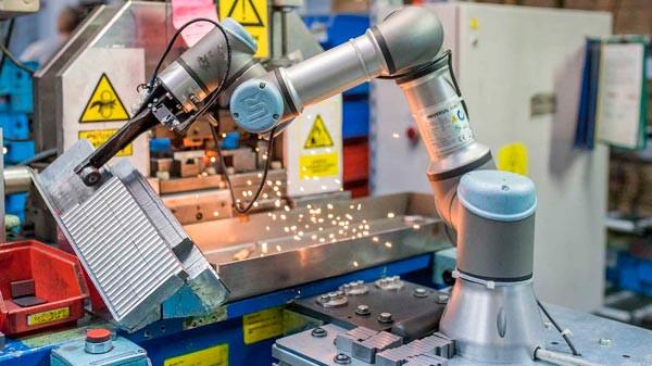 Cobot , soporte al mecanizado