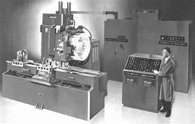 Primera maquina cnc fabricada