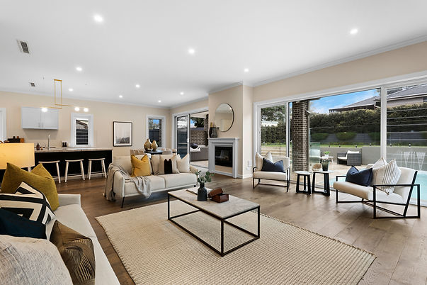 10_Megalong_Ave_Willoughby_High_Living_D
