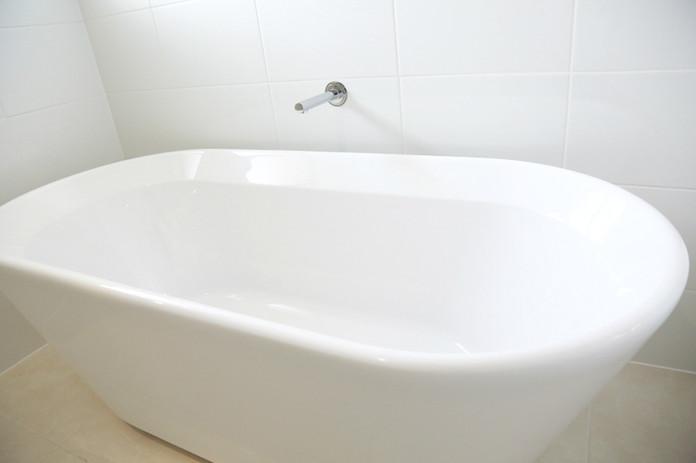 Free Standing Bathtub