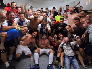 20m: La historia del equipo de barrio que ha logrado el ascenso a la división de bronce.