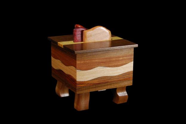 Mahogany Wave Mini-Box