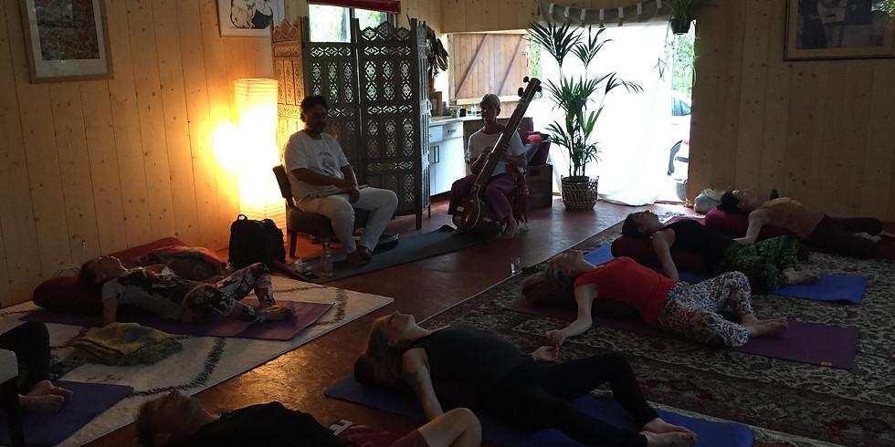 Hatha Yoga, Musique Live et Repas Indien
