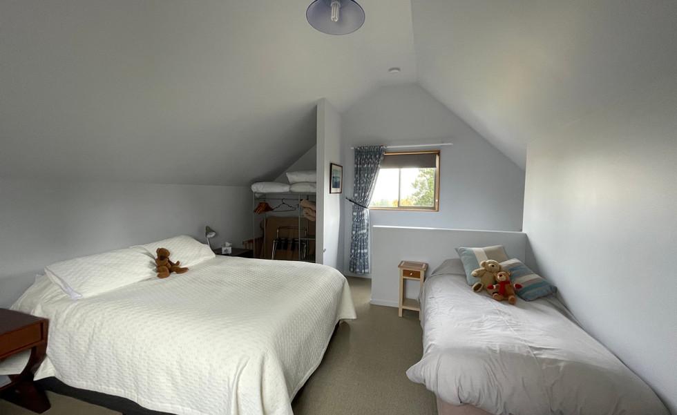 Family Chalet - Bedroom 2
