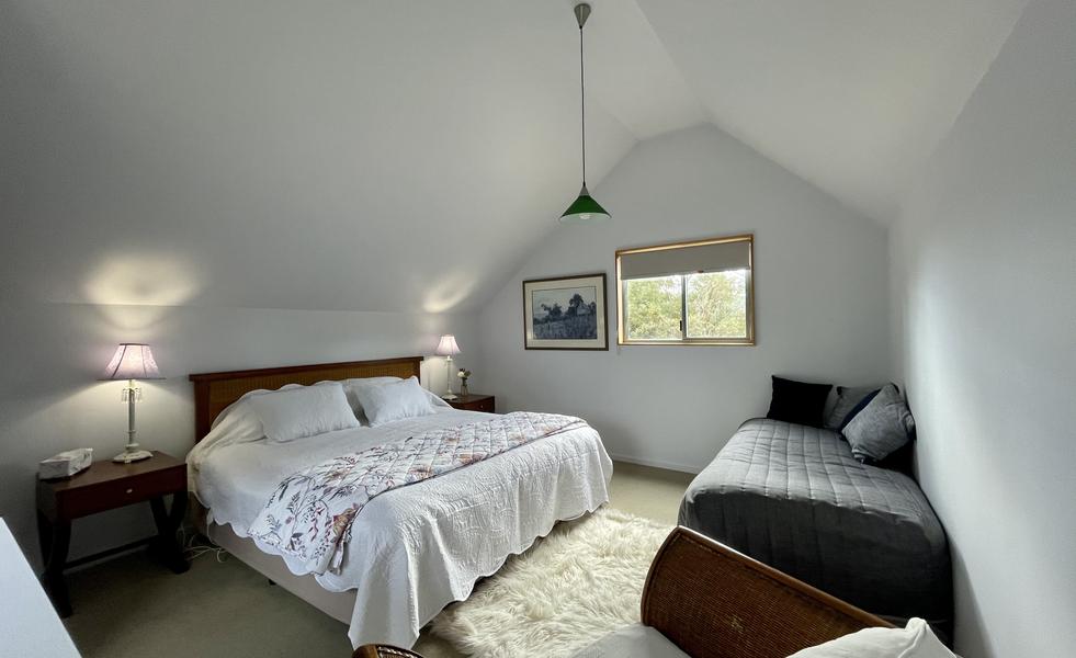 Upstairs bedroom - Chalet 2