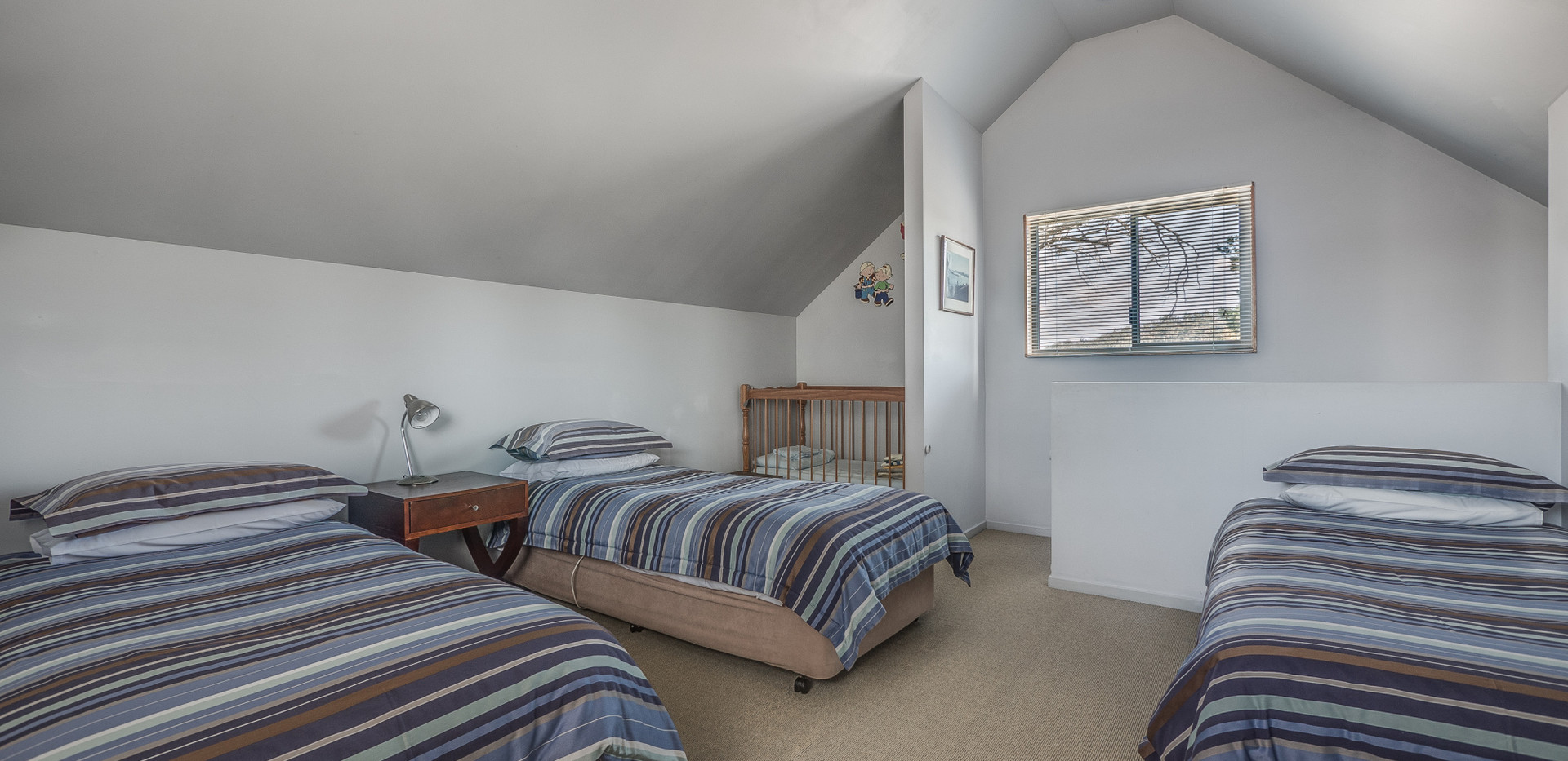 Family chalet upstairs bedroom