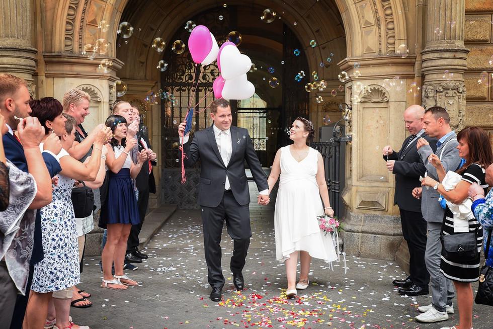 Halle Markt heiraten Hochzeit Herzensbilder Fotografie Hochzeitsbilder Fotograf