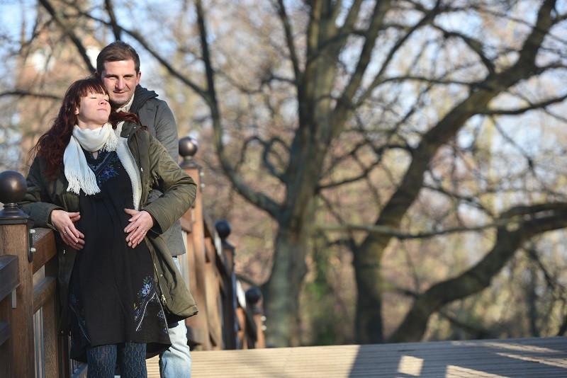 Fotograf Baby Halle Leipzig Clara-Zetkin-Park Babybilder schwanger