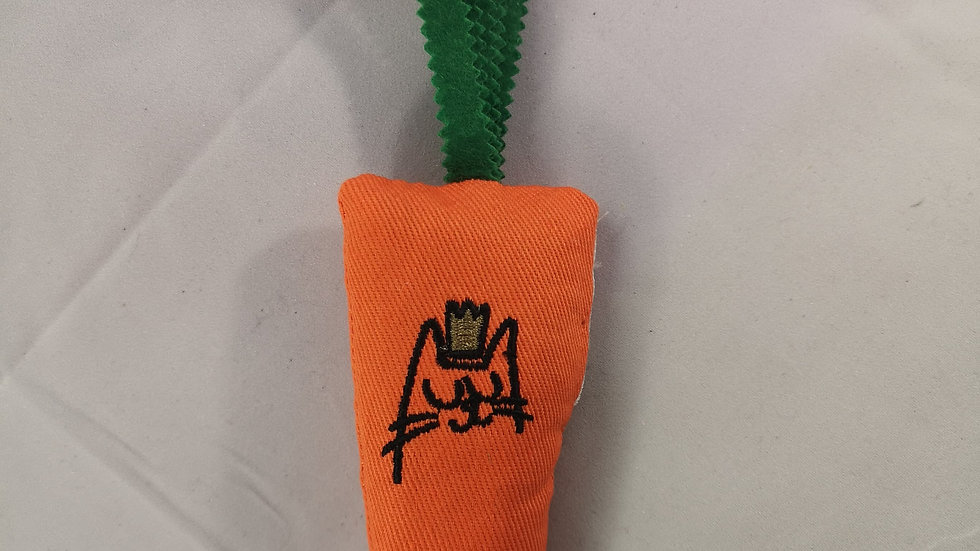 King Catnip Refillable Carrot Cat Toy
