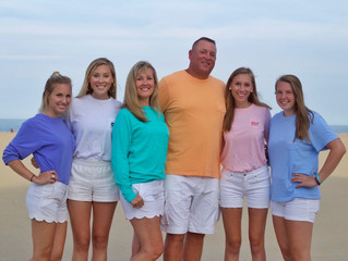 Family Pictures in Vineyard Vines