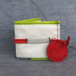 Mussel - 100% Upcycled Wallet