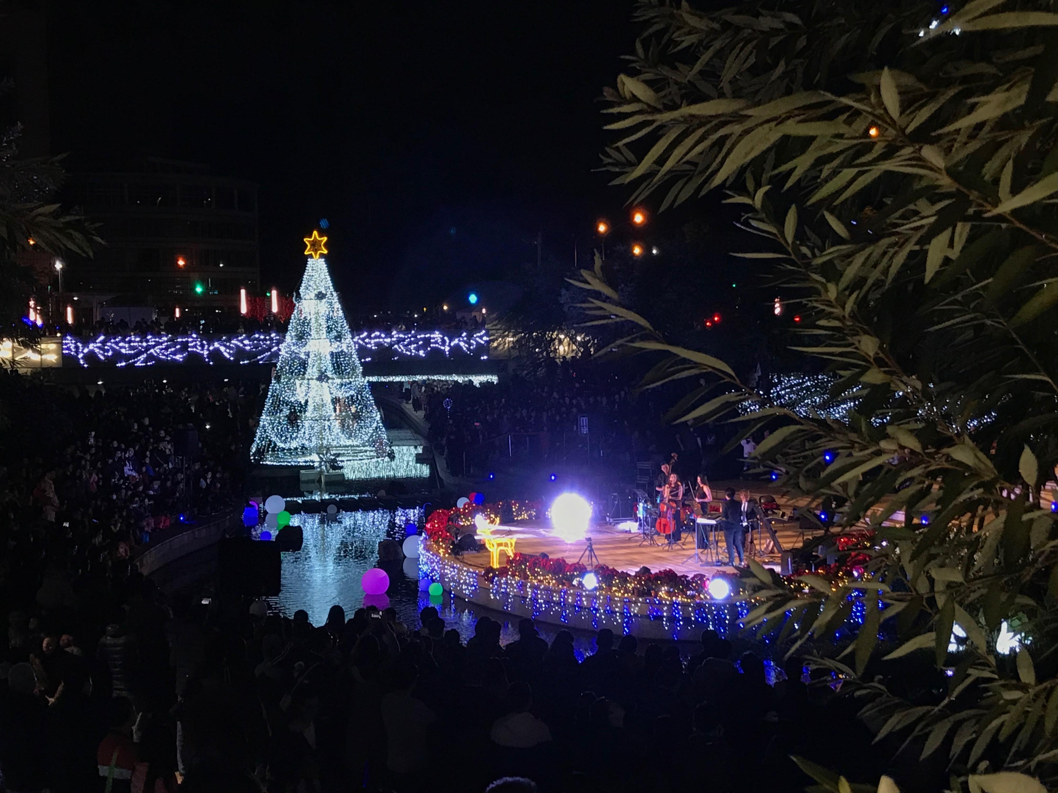 台中 柳川 聖誕樹