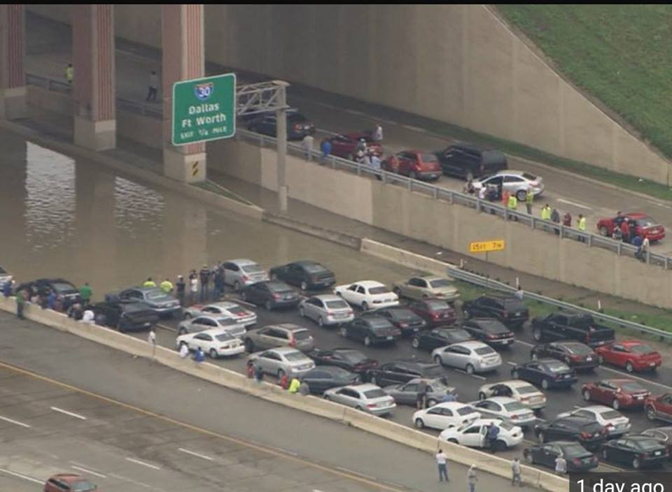Texas flooding 4.jpg