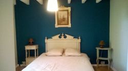 bedroom 1 double bed or 2 single bed
