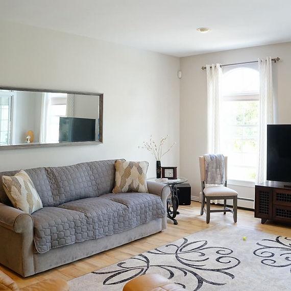 livingroombunnyafter.jpg
