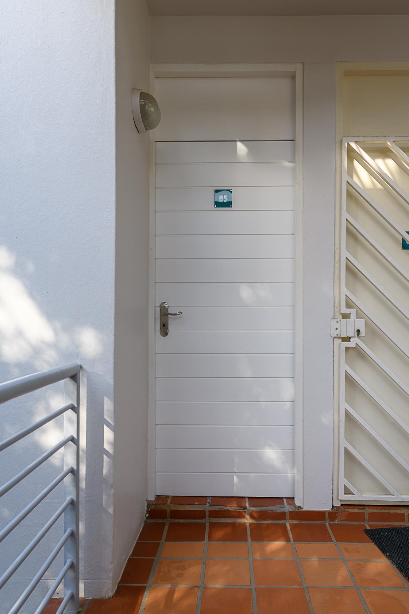 Front Door 85