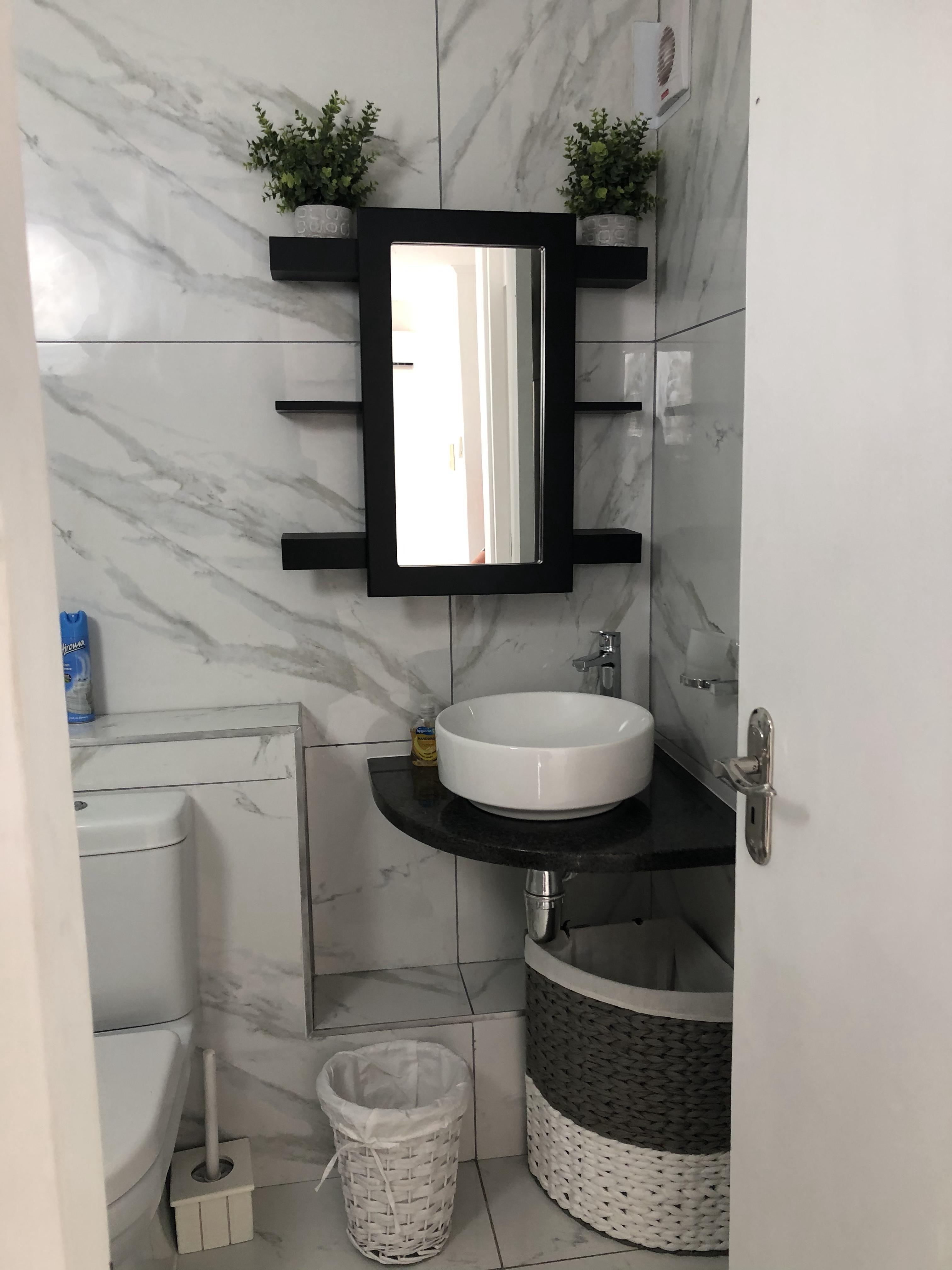 Bathroom Unit 97