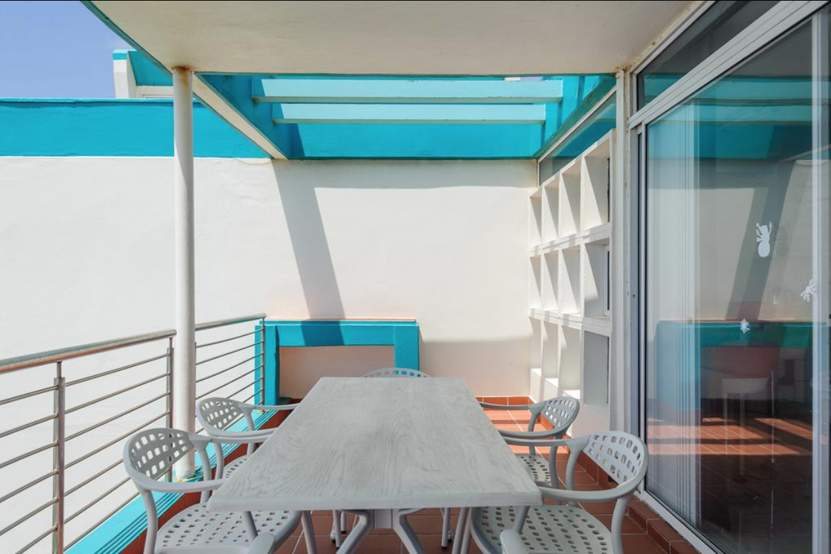 Balcony Unit 54 Beach side
