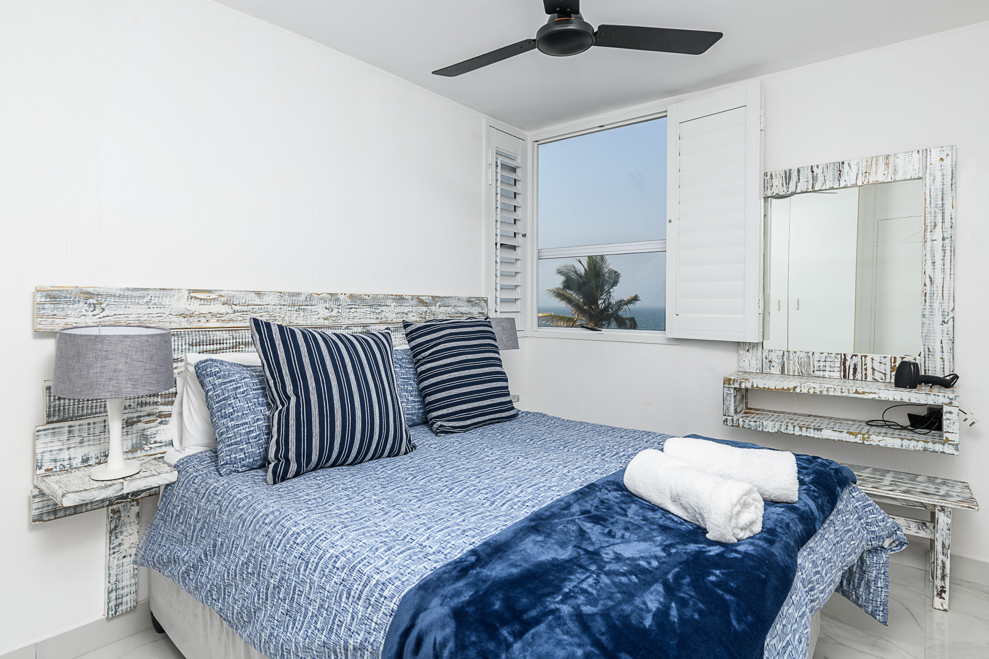 Main bedroom Unit 85