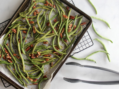 Roasted Green Beans with Pecans