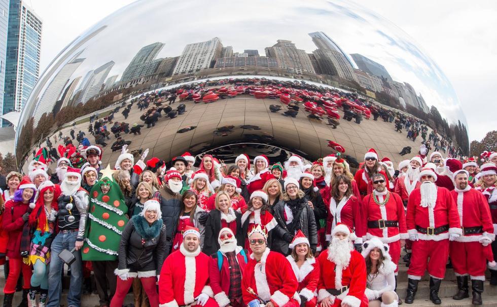 SantaCon Chicago At Bean